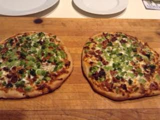 Pizza w: mushrooms & broccoli
