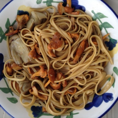 Linguini with Chanterelles & ArtichokesJPG