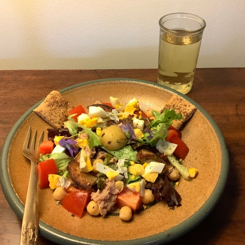 Tapas Tuna Salad w: White Rioja
