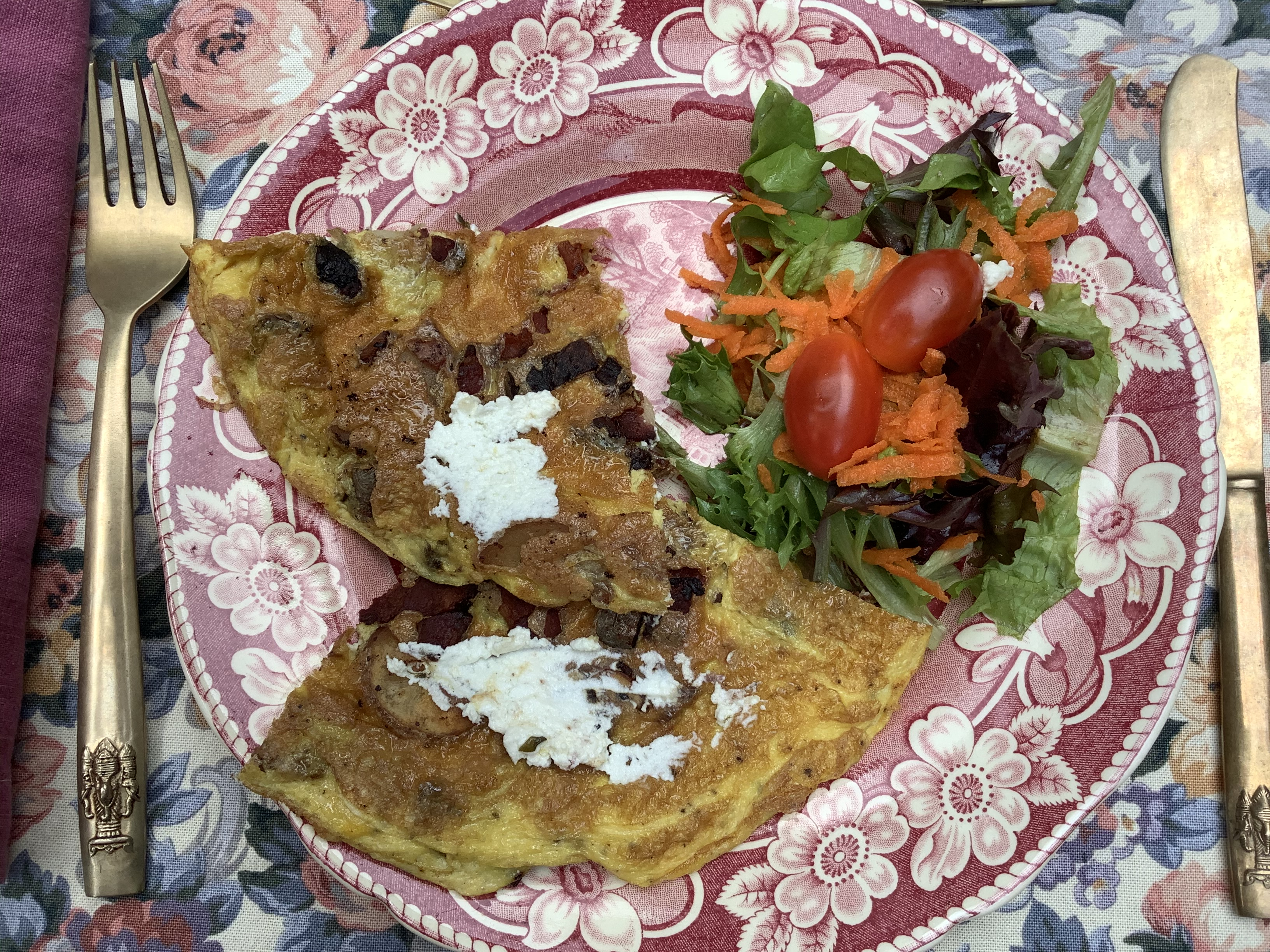 Bacon & Goat Cheese Omelette